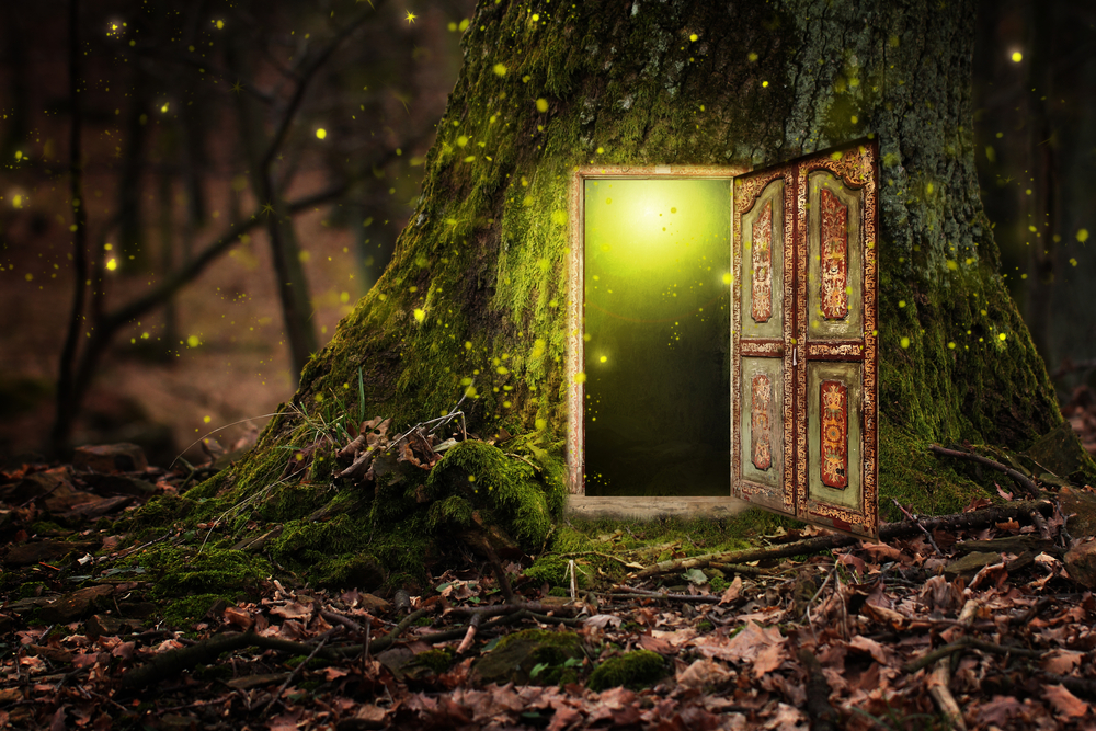 Dream Interpretation:  How to Decipher Dream Meaning (image of magical doorway)