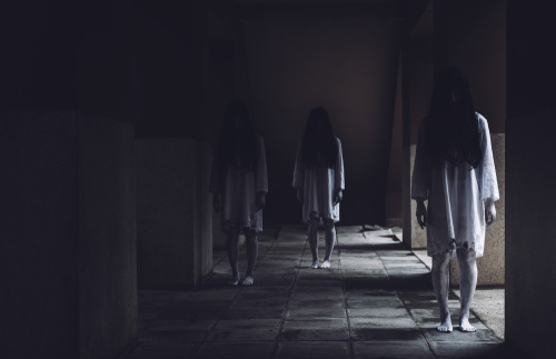 Houses in Dreams: the meaning of hauntings